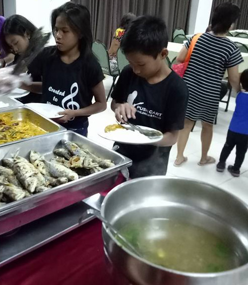 Retreat-dinner-served-CM-SIAC